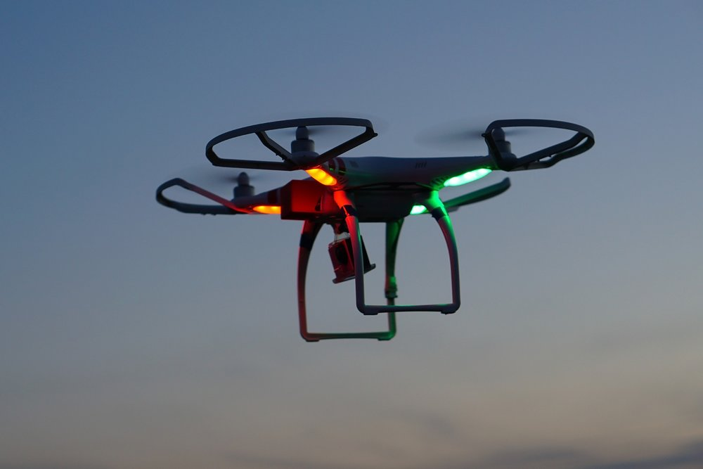 drone-2554178_1920.jpg