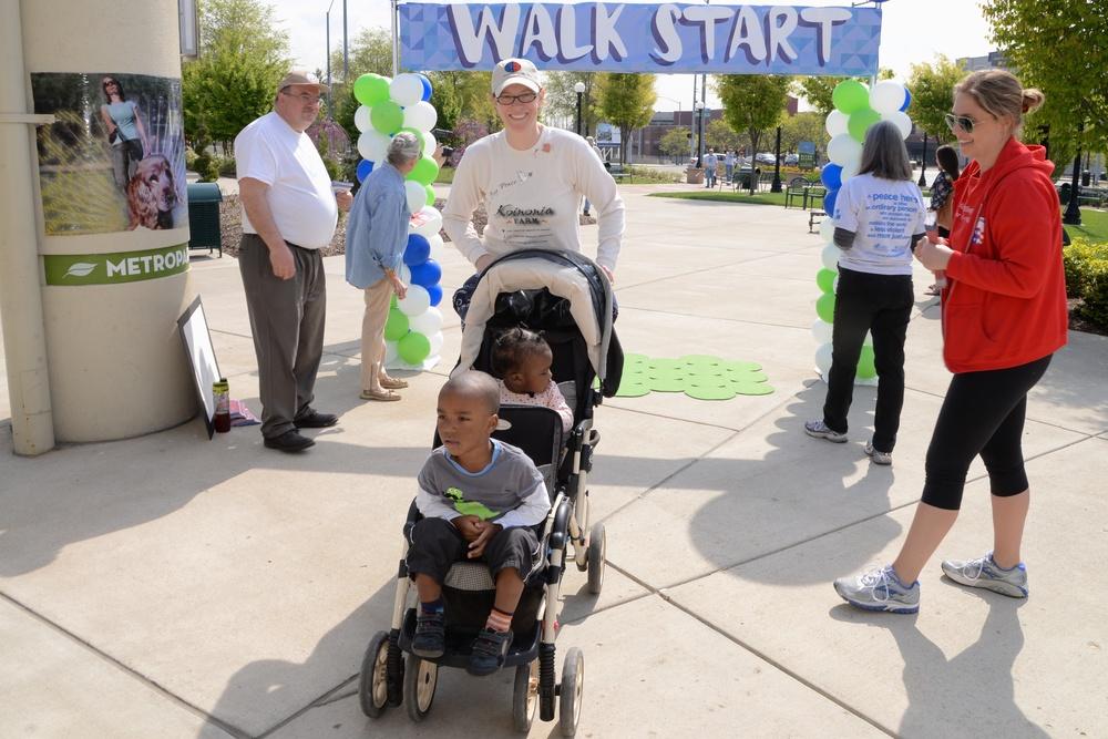 Two Children - PH Walk 516.jpg