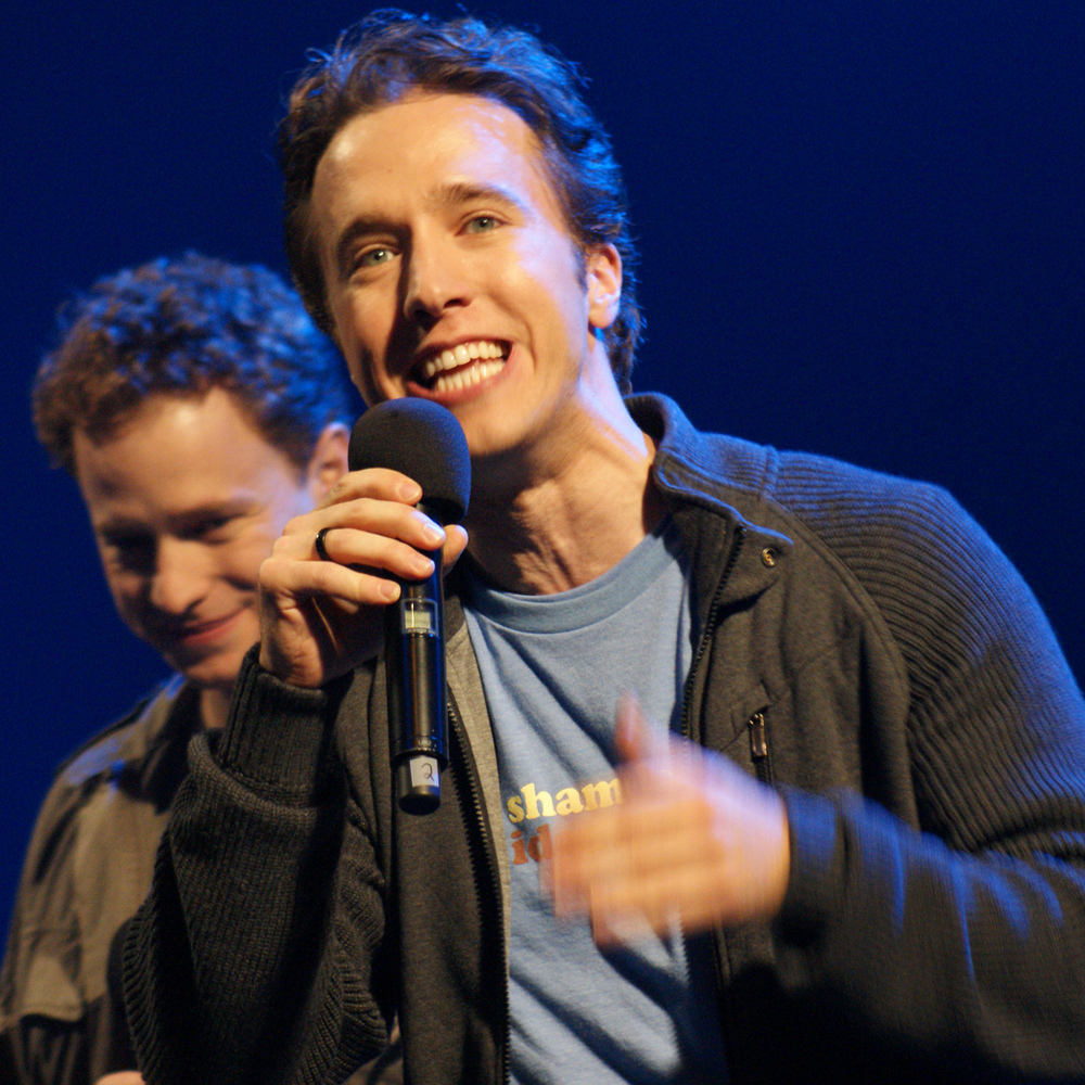 """Craig Kielburger,"" with brother Marc, by Siavash Ghazvinian is licensed under CC BY-SA 3.0."