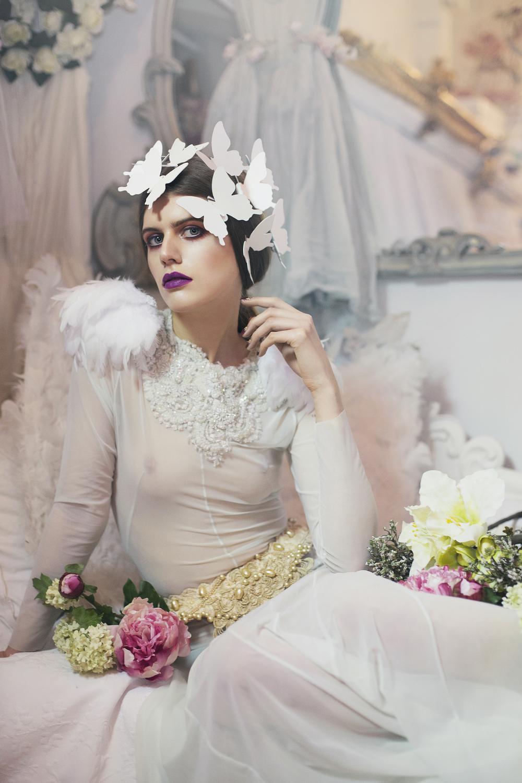 Dress: Sian Whitefoot, Belt: Velvet Eccentric, Feather shoulder pieces: Rouge Pony