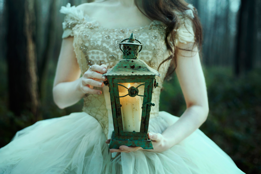 bella-kotak-fairytale-fairytales-labyrinth-david-bowie-sarah-beauty-beast-magic-magical-faerie-magazine-editorial-firefly-path-twilight-woods-lantern-ethereal-fairy-disney-ian-hencher-4s.jpg
