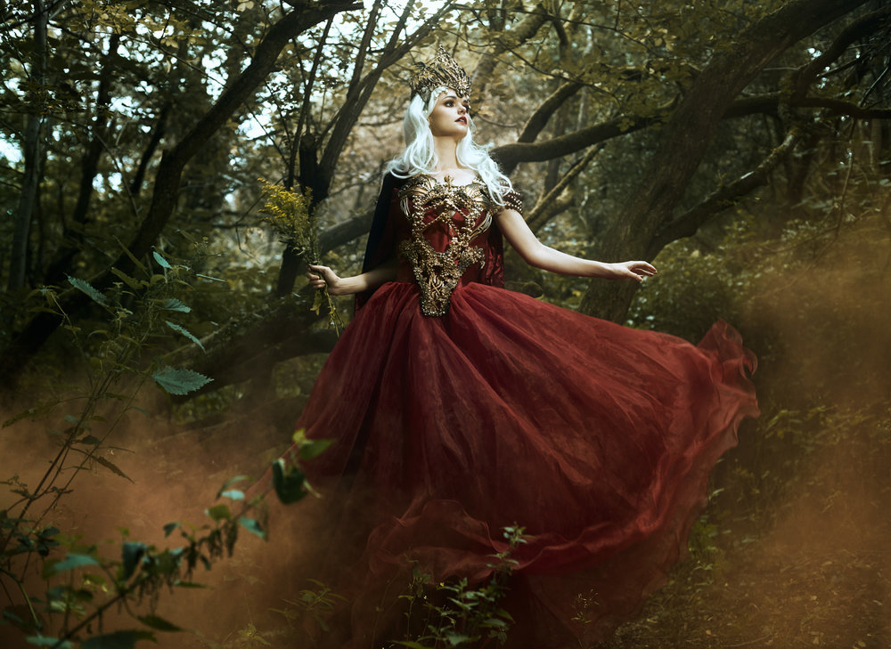 Bella_Kotak_Profoto_Canon_Fairytale_Fantasy_Photography_Portrait_Portraiture_Flowers_FLoral_Queen_Princess_Disney_Fashion_Editorial_A1_Lighting_Pink_Hair_Magical_Ethereal_Solstice_Retouch_8.jpg