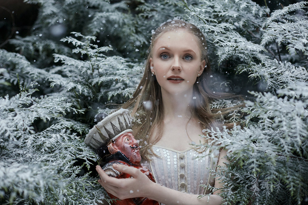bella-kotak-birmingham-royal-ballet-england-beauty-and-the-beast-the-nutcracker-hobsons-choice-la-fill-mal-gardee-madresfield-court-photography-portrait-library-fairytale-ballerina-dancer-princess-storytelling-solstice-retouch