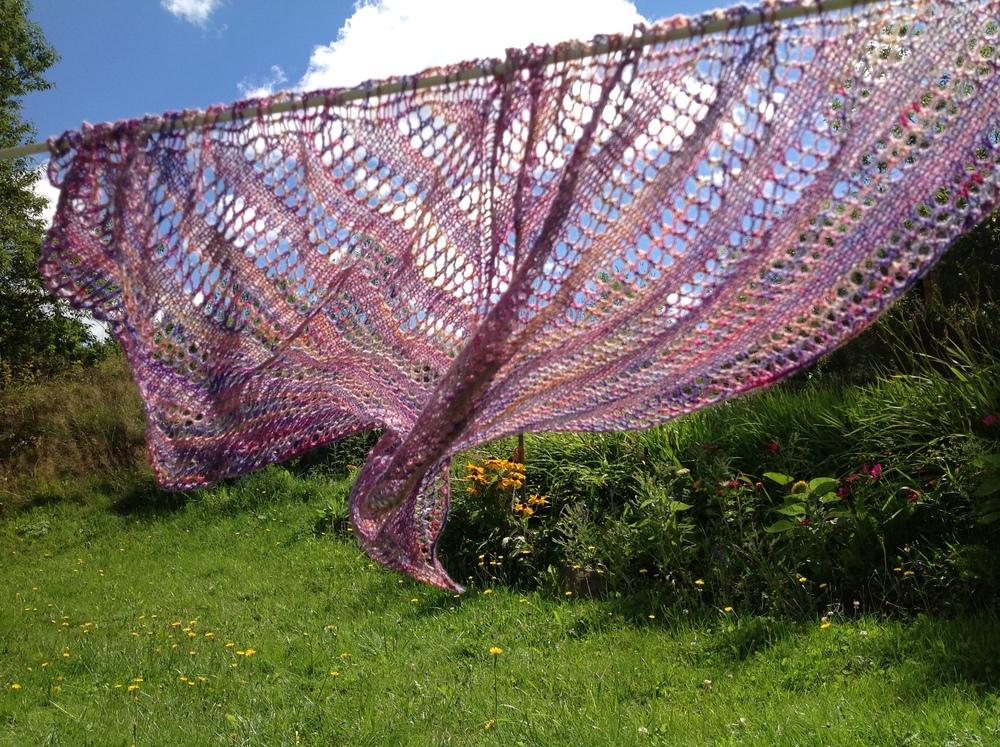 Linen & Lace shawl, pattern by India Tresselt