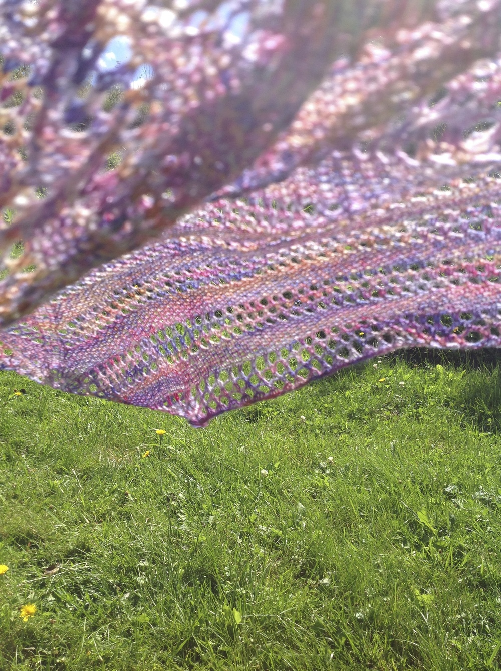 Linen & Lace shawl, laceweight version, by India Tresselt, free pattern here