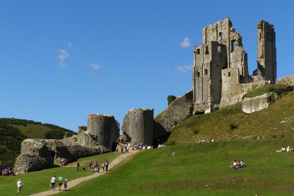 Corfe_Castle3.jpg