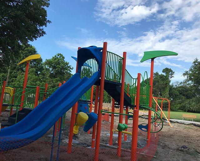 Our neighborhood park is getting downright colorful!  Look for a ribbon cutting for Longfellow Park this summer!