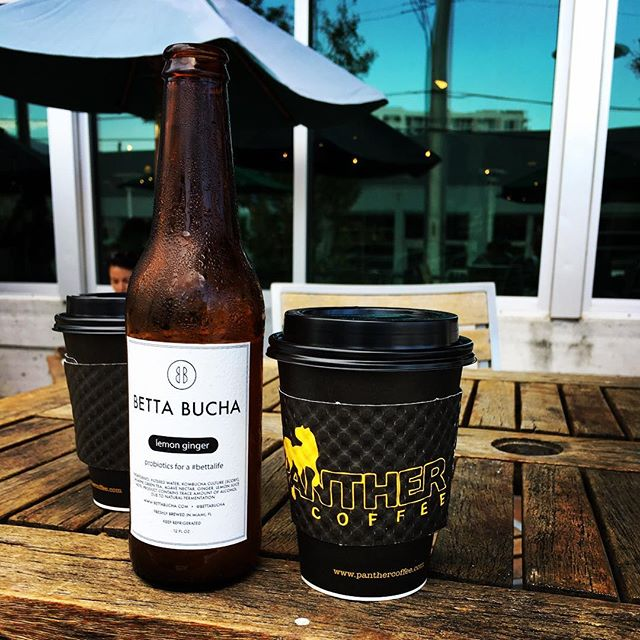 When Panther ☕️ met Betta 🍻 #bettacafe 📸: @fulviotraglio