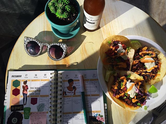 🌮🍻😎🌳🔃 @worthymagazineofficial ・・・ We did #tacotuesday right #vegantacos #worthymagazine #worthyapproved #plantbased #planneraddict #shanieism #kombucha #bettabucha