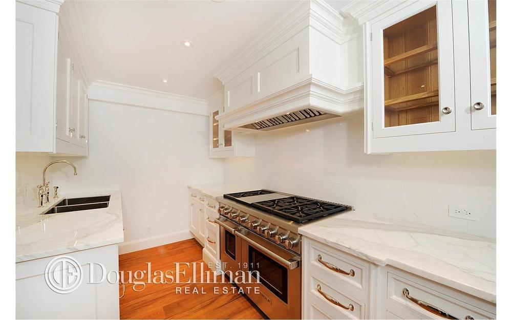 100 West 57th Street, 2CD_Kitchen.jpg