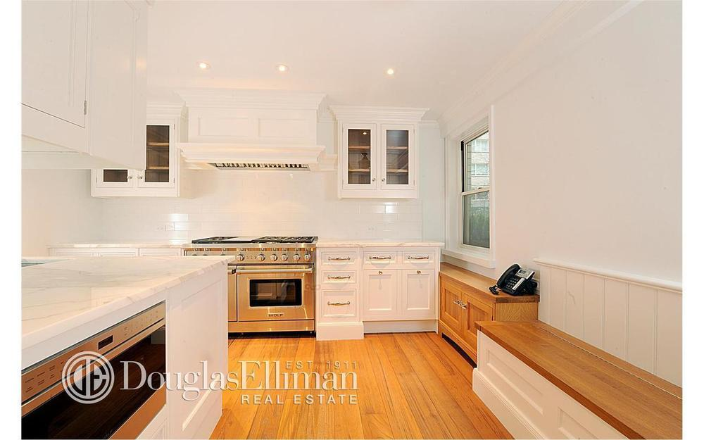 100 West 57th Street, 2CD_Kitchen2.jpg
