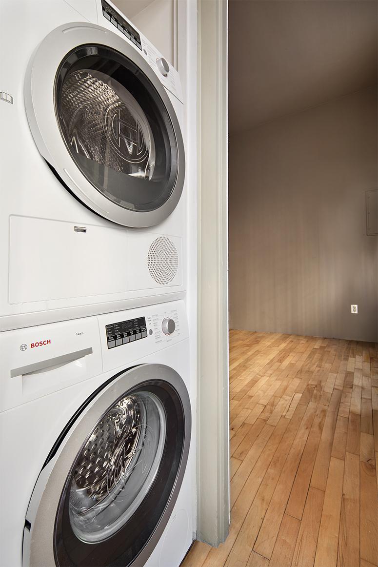 140FifthAvenue_5A_laundry_WEB.jpg