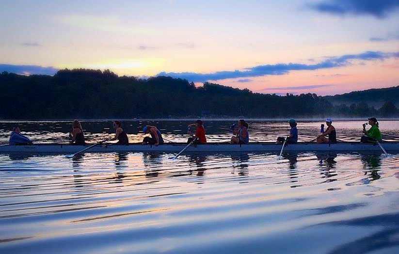 Women's 8+ on a summer evening