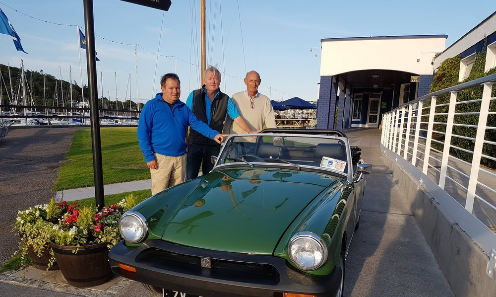L-R Mark Bushe (Chairman), Mark Ginn (PRO) and Roy Hanan (Auction Co-ordinator), members of Crosshaven Veteran, Vintage and Classic Motor Club.