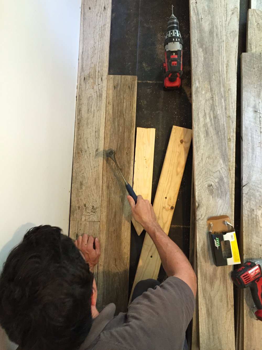 Barnwood-Floor-Installation