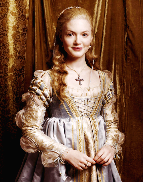 Holliday Grainger / Lucrezia Borgia