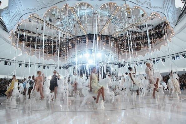 Louis Vuitton Fashion show 2012/ Le Carousel/ Inspiration Merry -Go- Round X Clock by Haoshi Design Studio.