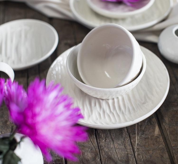 halite-collection-gina-desantis-ceramics-bowls-plates.jpg