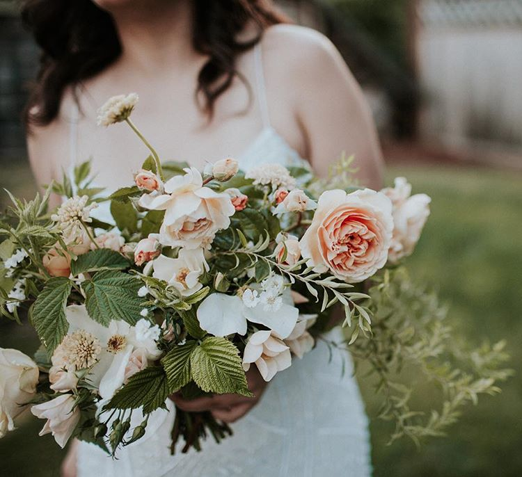 Bleedfoot_Florals_peachsummerbouquet.jpg