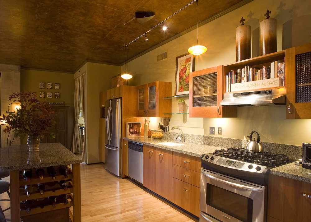 kitchen_crop.jpg