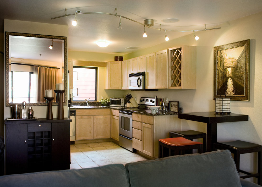 kitchen_high_crop.jpg