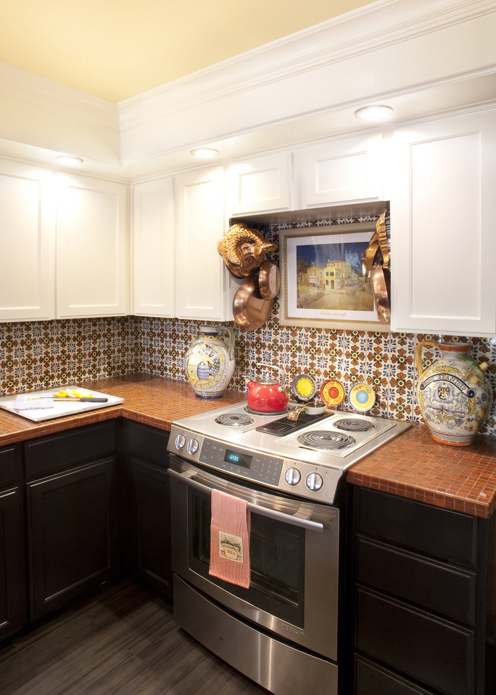kitchen2_crop.jpg
