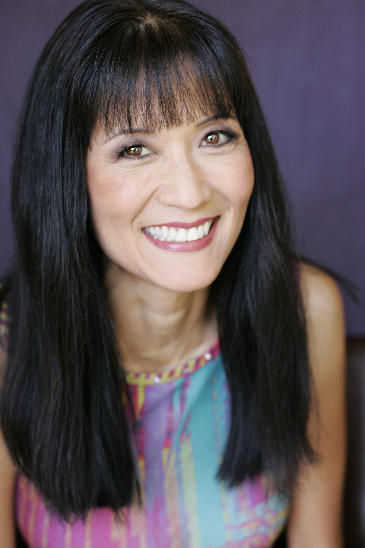 Suzanne Whang Headshot.jpg