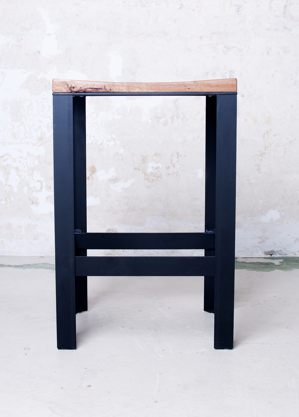 Stool front on.jpg