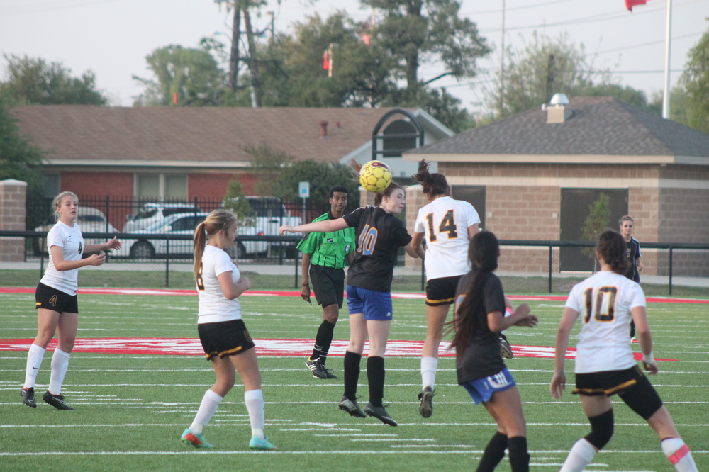 (Photo by Jared Routon) Header by Peyton Fleming (10)