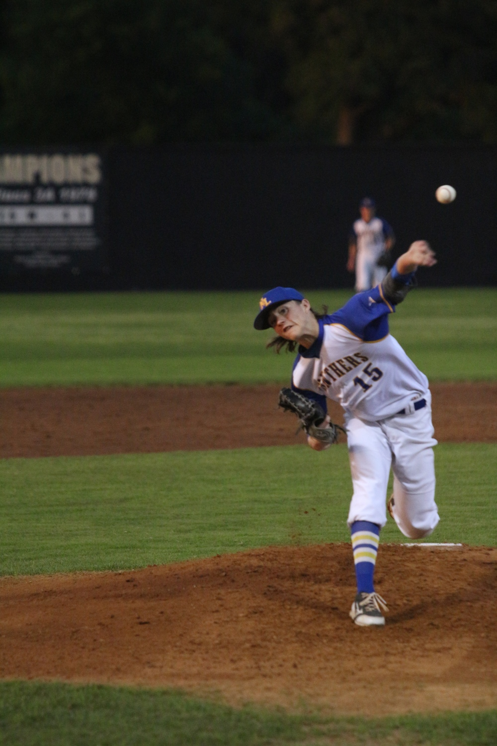 (Photo by Bill Higgins) Kevin Dickey delivering a pitch for North Lamar in game 2 against Van.