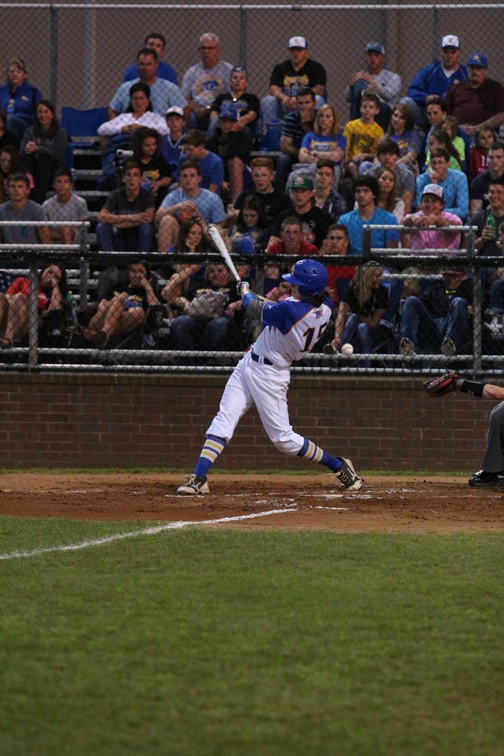 (Photo by Bill Higgins) Kevin Dickey taking a swing against Van.