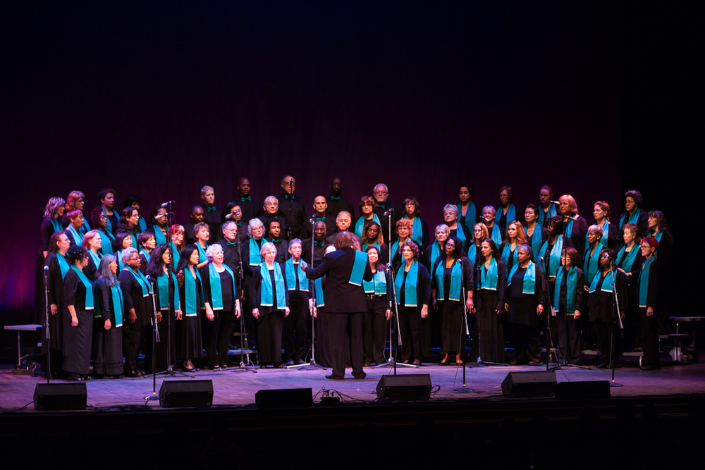 Oakland Interfaith Gospel Choir ( oigc.org )