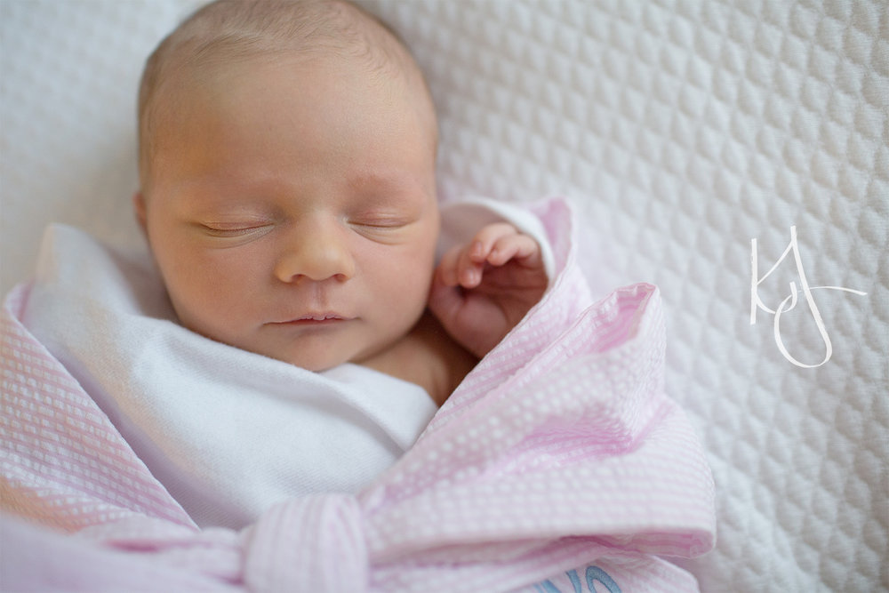 Newborn_Session_Spring_Hill_19.jpg