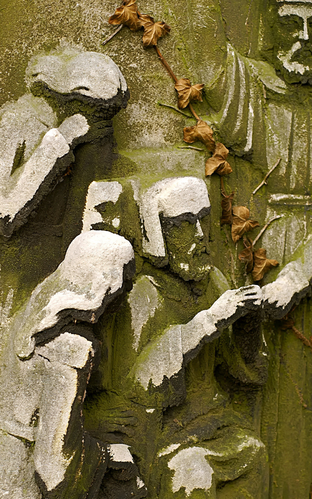 Kensal Green relief on tomb a.jpg
