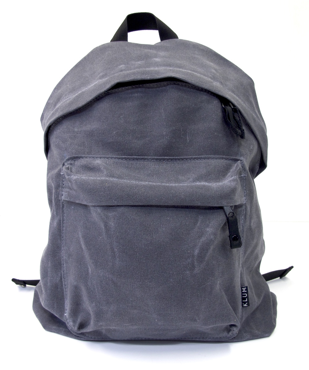 Gray-waxed-canvas-knapsack-sewing-workshop