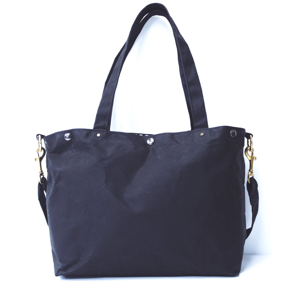 BLACK-BRASS-WAXED-CANVAS-HOBO-TOTE-1.JPG