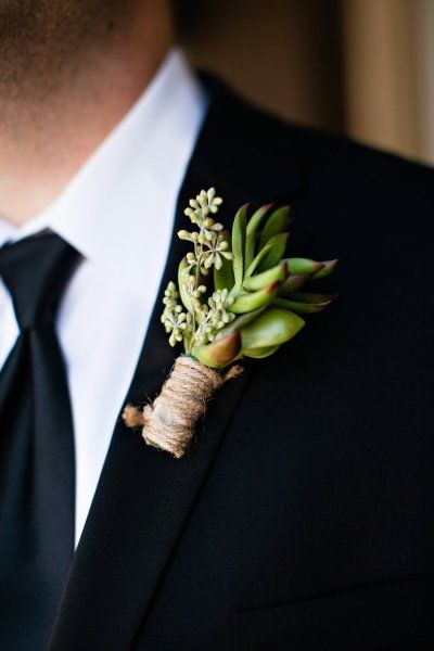 Creme de le Chic Events, Kelly Lane Photography, Atlanta GA  #cremedelechic #atlantawedding #succulents #groom