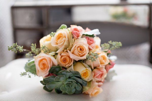 Creme de le Chic Events, Kelly Lane Photography, Atlanta GA  #cremedelechic #atlantawedding #succulentbouquet