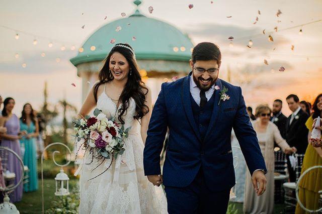 sobre ontem e um dia cheio de emoções! Pra eles e pra gente 😬Sempre especial fotografar no lugar em que casamos😍♥️ obrigado casal! Foi lindão! Que Deus abençoe vocês!✨🍃
