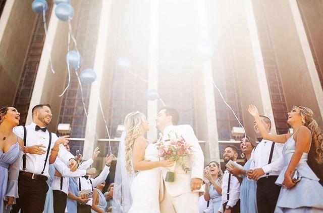 bom dia com a lembrança de uma manhã linda numa das igrejas mais clássicas e lindonas dessa nossa Brasília ♥️ e pra variar Deus mandando aquele salve através desse sol lindão ☀️⚡️ Obrigado casal 🙏🏻🍻💛 logo mais tem fotos por ai!