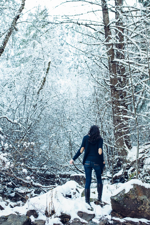 EDP122615_Snow_AllyEstherSlava-11.jpg