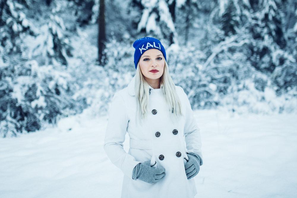 EDP122615_Snow_AllyEstherSlava-20.jpg