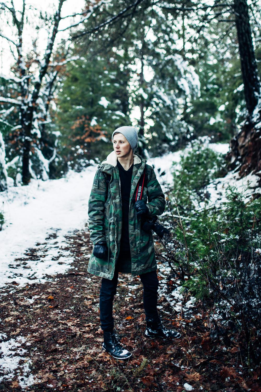 EDP122615_Snow_AllyEstherSlava-28.jpg