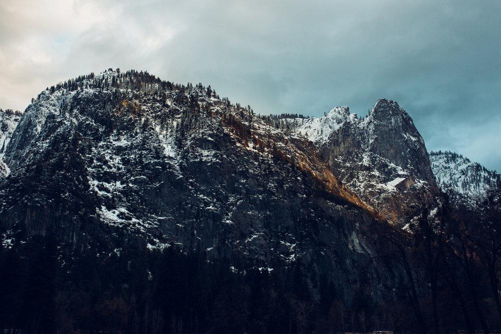 EDP022517_Yosemite falls_Tim&Gals-42.jpg
