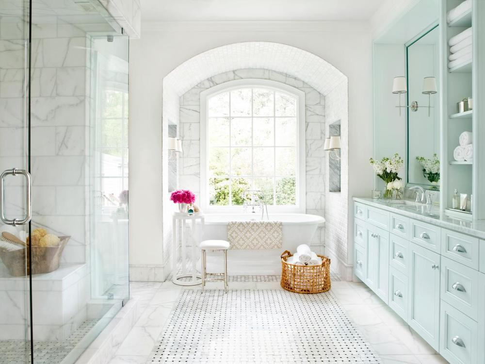 CI-mark-williams-marble-bathroom-lead-shot_s4x3.jpg.rend.hgtvcom.1280.960.jpeg