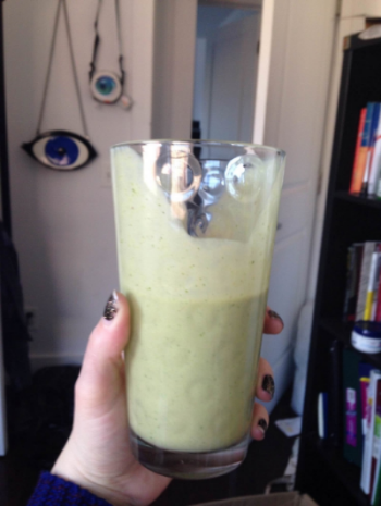 a true blue green smoothie