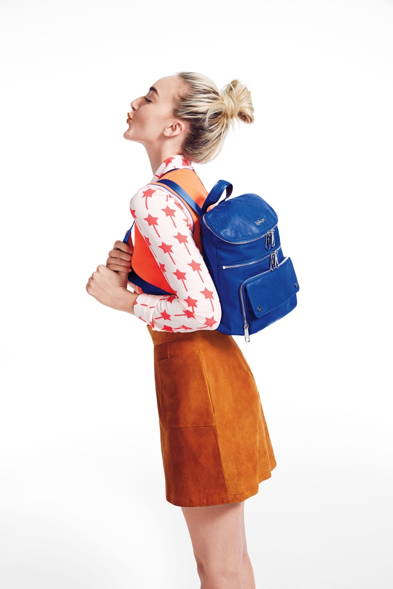 Smith-Sisters-Kipling-2016-Backpack-Campaign03.jpg