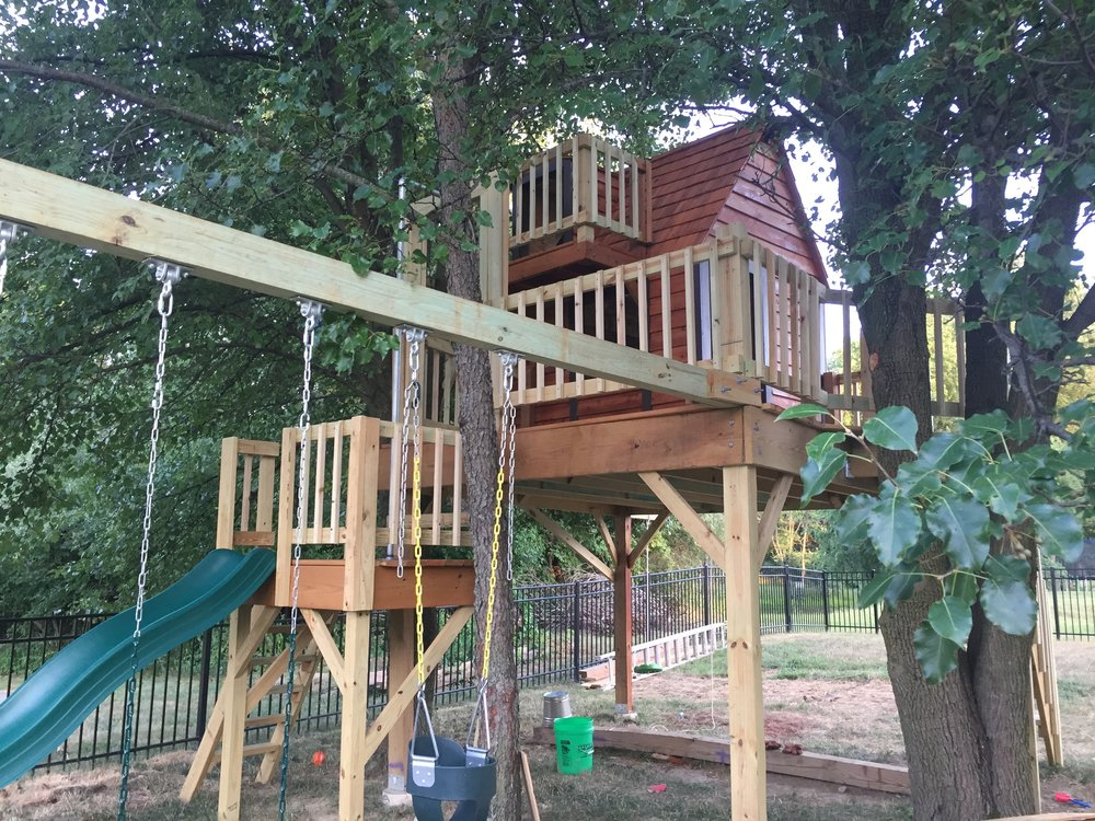 Staining the Clubhouse Treehouse