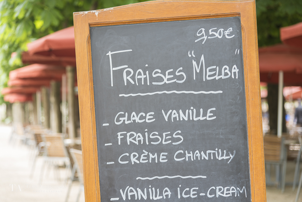 Cafe menu in Jardin des Tuileries.