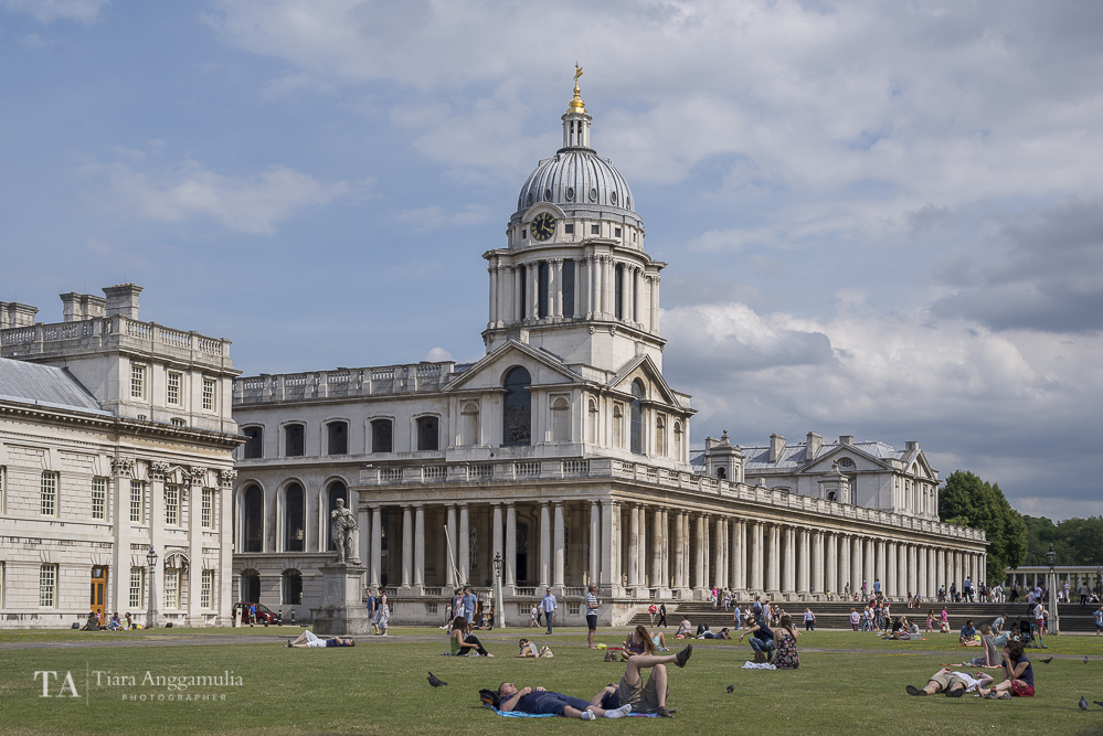 Enjoying the summer in Naval College Gardens.
